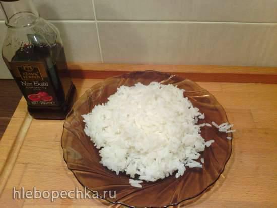 Жареный на сковороде рис жасмин