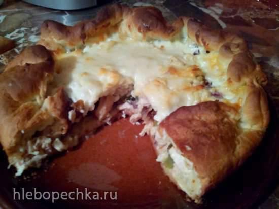 Пирог с курицей и сыром (без яиц)