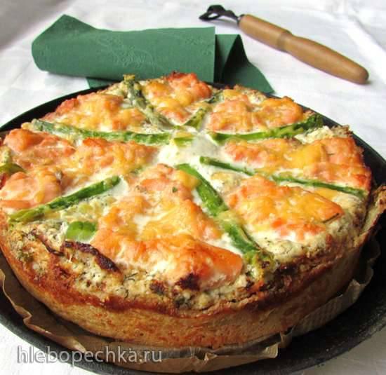 Тарт с зеленой спаржей и лососем (Flammkuchen mit gruenem Spargel und Lachs)