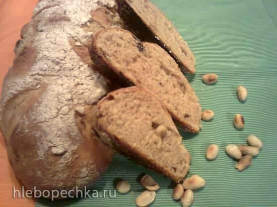 Польский  хлеб с изюмом и орехами