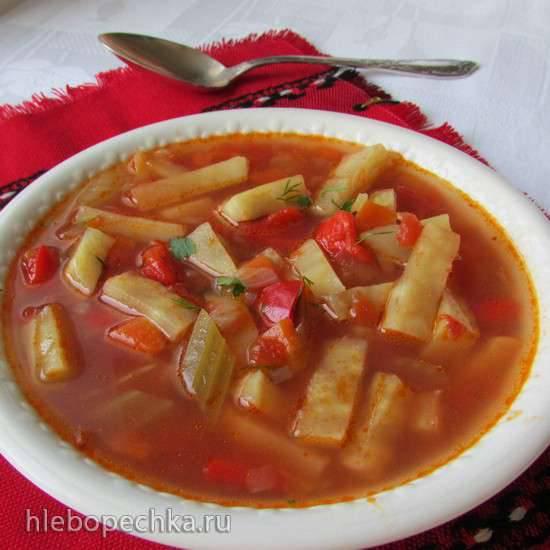 Суп из сельдерея и томатов