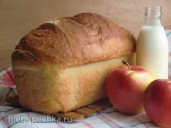 Хлеб молочный с яблочком