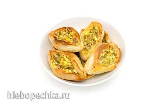 Расстегаи с тунцом и варёными яйцами Расстегаи с тунцом и варёными яйцами
