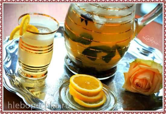 Ледяной чай с пряностями и газированной водой Ледяной чай с пряностями и газированной водой