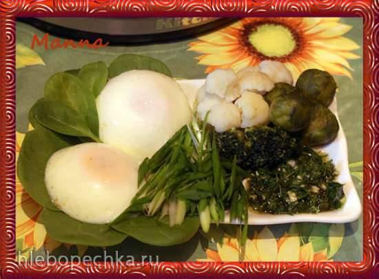 Яйца пашот с паровой капустой и чесночным маслом (мультиварка KitchanAid)