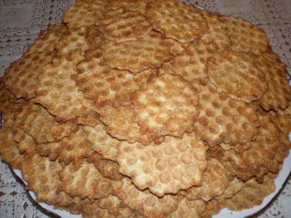 Хрустящее сырное печенье