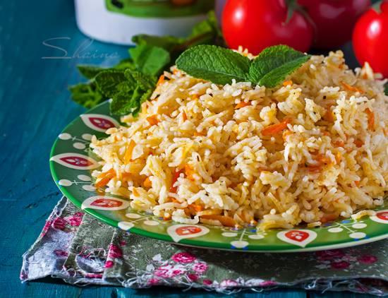 Ароматный рис с морковью на гарнир (скороварка Oursson 5010)