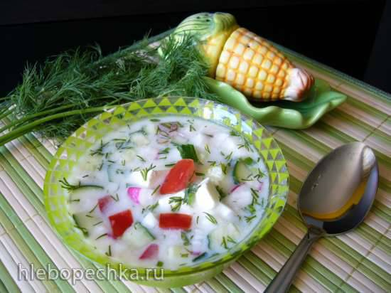 Окрошка на йогурте с брынзой и авокадо