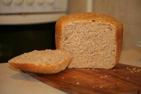 Тминный хлеб (кисло-сладкий) (хлебопечка)