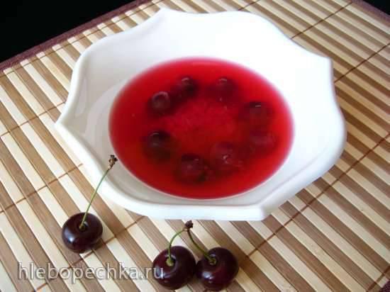 Десертный холодный вишнёвый суп с рисом
