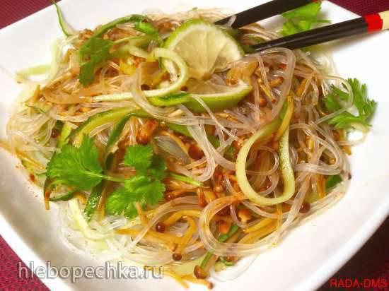Китайский салат с золотыми гвоздиками (грибами эноки)