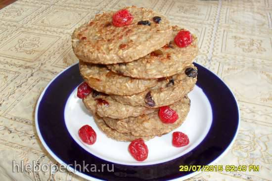 Печенье из овсяных хлопьев с сухофруктами на кефире