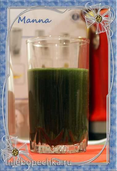 Томатный смузи с водорослями