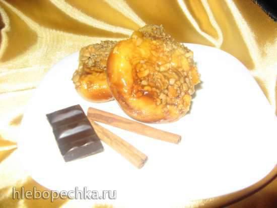 Булочки медовые с арахисом и семечками