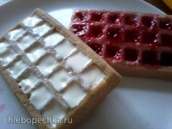Вафли творожные с йогуртом и вареньем в микроволновке