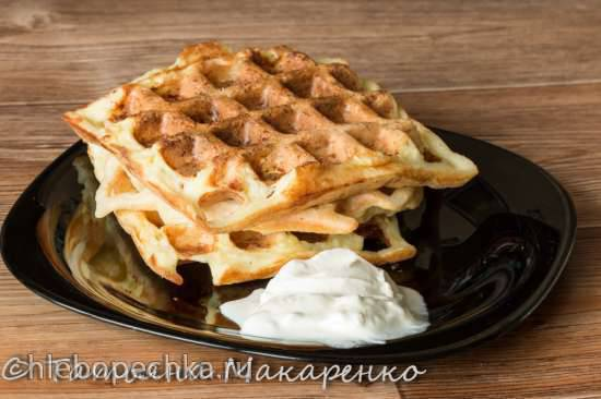 Вафли картофельные и кабачковые в вафельнице Jardeko Вафли картофельные и кабачковые в вафельнице Jardeko