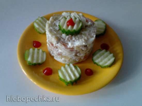 Тёплый салат с жареной картошкой