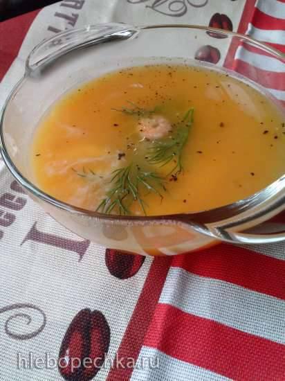 Острый суп-пюре из тыквы с креветками