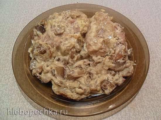 Куриные бедра с грибами в сметане (мультиварка Panasonic SR-TMH18)