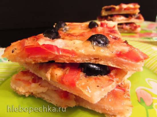 Двойная а-ля пицца-пирог на сметанном бездрожжевом тестеДвойная а-ля пицца-пирог на сметанном бездрожжевом тесте