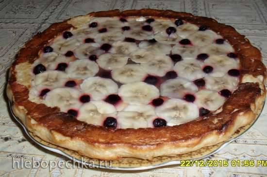 Творожно-банановый пирожок