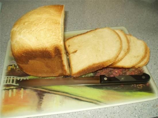 Пшеничный хлеб с картофельными хлопьями (хлебопечка)