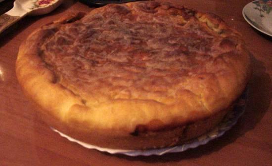 Пирожок с консервированной сайрой и картофелем в пиццамейкере Princess 115000