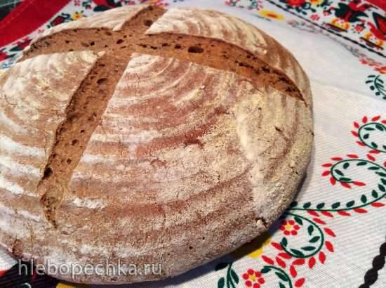 Хлеб пшенично-ржаной с чёрной патокой на закваске