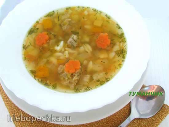 Суп с фрикадельками и макаронным рисом (с грустью из детства)