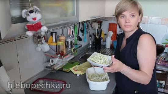 Салат из пекинской капусты с мидиями
