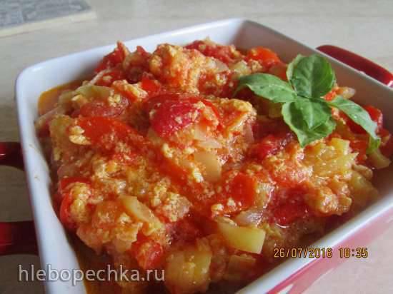 Тушеные овощи в яичной заливке