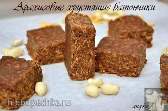 Арахисовые хрустящие батончики с шоколадом и кукурузными хлопьями Арахисовые хрустящие батончики с шоколадом и кукурузными хлопьями