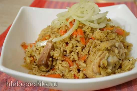Плов с красным рисом и курицей (мультиварка Redmond RMC-01) Плов с красным рисом и курицей (мультиварка Redmond RMC-01)