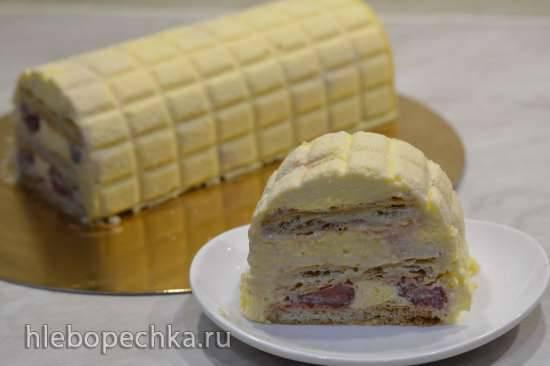 Торт-фьюжн Наполеон с клубникой