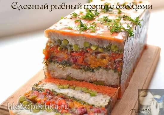 Слоеный рыбный торт с овощами Слоеный рыбный торт с овощами