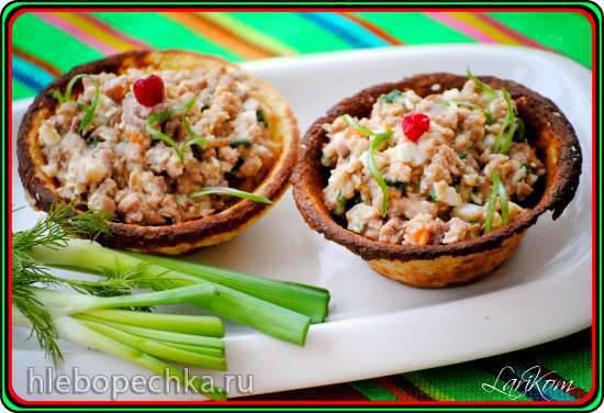 Картофельные тарталетки с салатом из печени трески (электрическая тарталетница Kalorik)