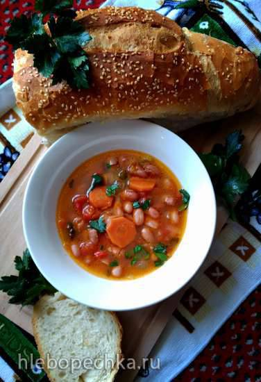 Фасолада (постный фасолевый суп)