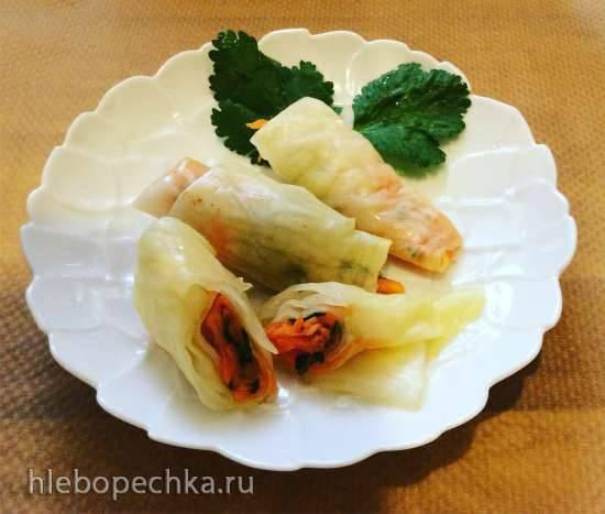 Сигариллы  из капусты с морковью и чесноком в маринаде