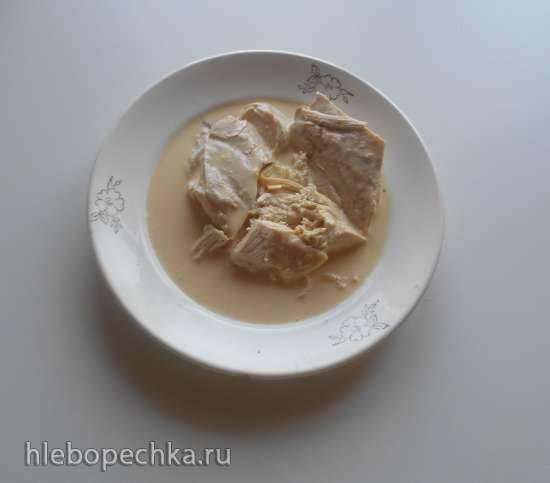 Куриное филе с апельсиновым ароматом, приготовленное на пару, и с апельсиновым соусом