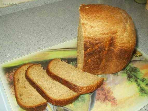 Ржаной хлеб с отрубями и хлопьями на кефире