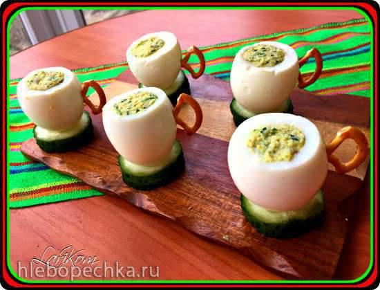 Яйца, фаршированные крабовыми палочками Яйца, фаршированные крабовыми палочками