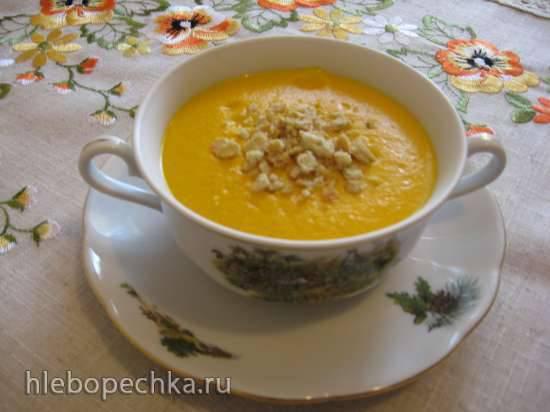 Крем-суп из кабачков, томатов с сардельками, плавленным сыром и овсянкой