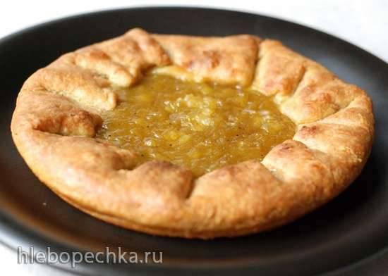 Пирог с джемом из ревеня на творожном тесте