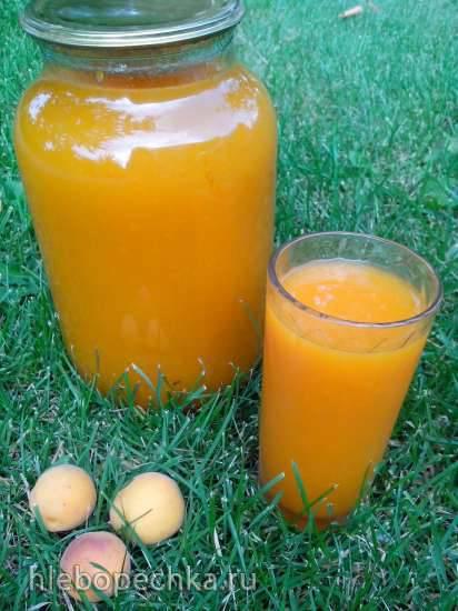 Абрикосовый сок с мякотью