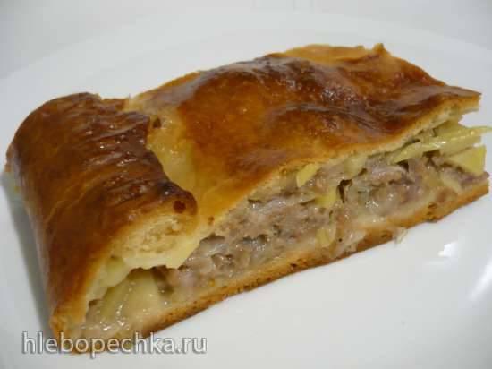 Пирог с мясной начинкой из псевдослоеного теста на сыворотке Пирог с мясной начинкой из псевдослоеного теста на сыворотке