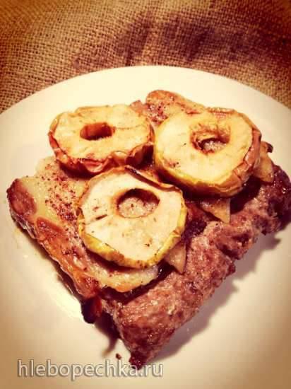 """Конкурс от Steba """"Блюда из духовки"""" Говяжьи колбаски над и под беконом в окружении яблок и с сумахом"""