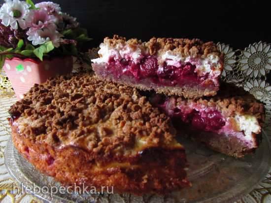 Тёртый ржаной пирог с творожной начинкой и вишнейТёртый ржаной пирог с творожной начинкой и вишней