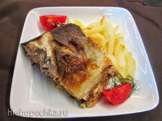 Красная рыба, запеченная в шампанскомСемга, запеченная в лимонно-чесночном масле