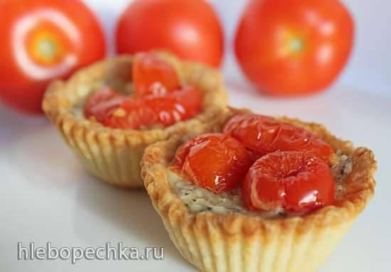Тарталетки с козьим сыром и томатным конфи Тарталетки с козьим сыром и томатным конфи