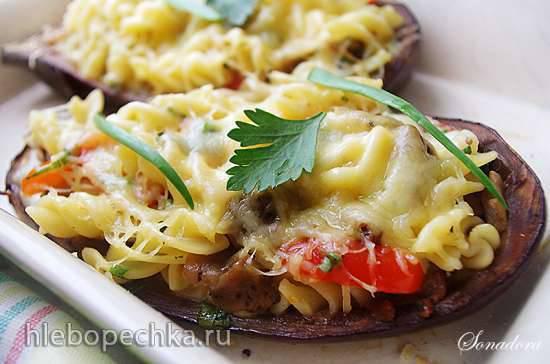 Баклажаны, запечённые с пастой и сыром